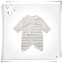 Romper orgânico natural do quimono do algodão para a criança com projeto bonito
