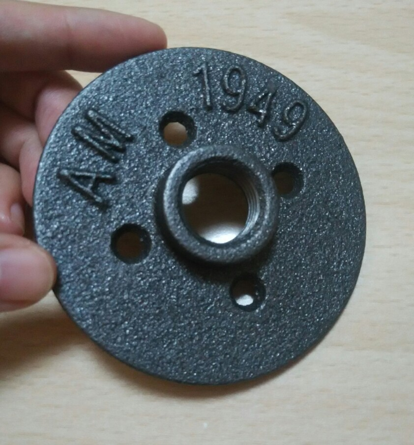 calss 150 black Malleable Iron  floor flange