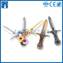 Decoração artesanal personalizada de espadas em metal