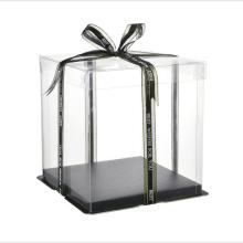 Clear plastic box for cake