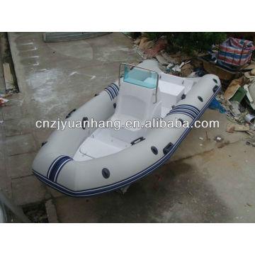 Barco inflável rígido 470 com console