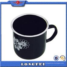 Taza de café de encargo del logotipo de la moda del color negro