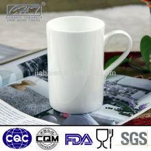 Тонкие керамические чайные чашки