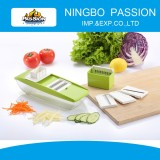 Plastic Vegetable Slicer with container, with changeable blade