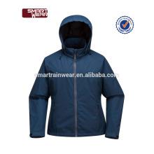El patrón de la capilla de la fábrica de la ropa de las mujeres remata con la chaqueta impermeable impermeable de la lluvia de la capa impermeable de la ropa de deportes