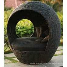 Rota del PE mimbre al aire libre muebles de cama Metal ocioso