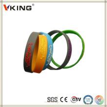 Bracelets de silicone à gros bon marché en silicone