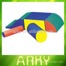 Manteau de sport multifonctionnel MADE IN CHINA kids avec faible coût A VENDRE