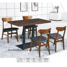 Table de salle à manger et chaise Soild en bois du nord de l'Europe