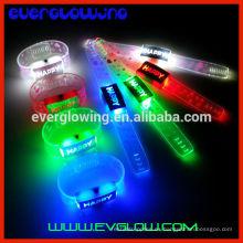 2016 decoración de fiesta de plástico led pulsera intermitente