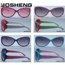 Nouvelle conception Design personnalisé Lunettes de soleil modernes en verre de mode