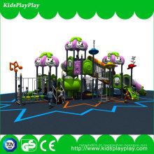Equipamento exterior ajustado do campo de jogos do jogo das crianças com corrediças e balanço plásticos