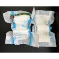 Fraldas descartáveis para bebê e bebês de alta qualidade Faixas de bebê em fardos