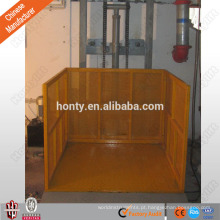 A carga hidráulica resistente do trilho de guia levanta para o elevador de armazém