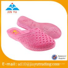 2016 vente chaude Chine usine prix femmes PVC soufflant femme sandale