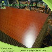 Precio competitivo 15mm contrachapado de melamina con núcleo de álamo y madera dura