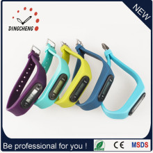 Pedometer Wristwatch Ladies Watch for Running Watches (DC-002)