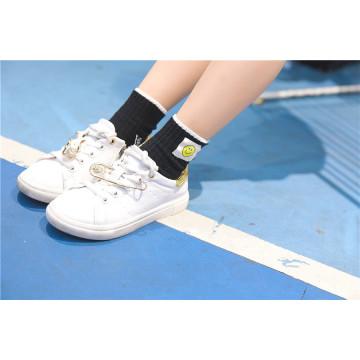 Smile Face Kid calcetines de algodón lindo muy popular en el mercado