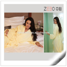Factory Supply Women Cut Velvet Style Soft Hotel Quality Bathrobe