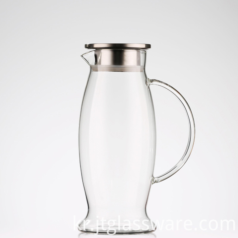 Water Carafe with Spout