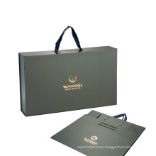 Matte Lamination With Hot Stamping Logo Hair Extension Packaging With Carry