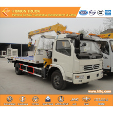 DONGFENG 4X2 wrecker truck with mounted crane