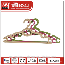 New design plastic clothes hanger