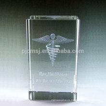Venta caliente recuerdo bloques de vidrio / cubos de regalo 3d grabado con láser de cristal
