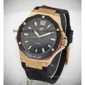Custom Sports Gold Tone Leather Band Relógio de pulso automático Homens
