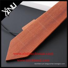 Homens moda novo modelo mão feita pescoço gravata de madeira