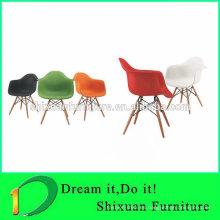 asiento de plástico elegante silla de madera agradable silla