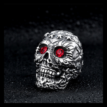 Red black diamond eyes Pentagram skull ring
