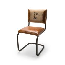 Chaise en cuir unique en toile