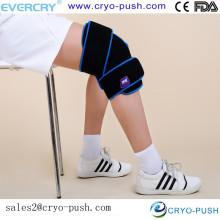 Heridas deportivas para curar la envoltura fría de la rodilla