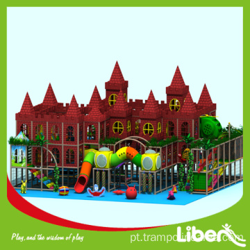 Indoor kids play area brinquedos