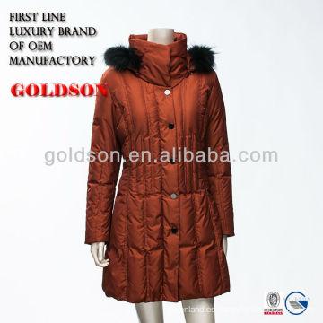 Italy Mujeres Slim Fit exterior de ganso largo chaqueta con piel de mapache negro