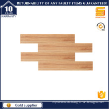 Holzboden-Porzellan-Fliesen