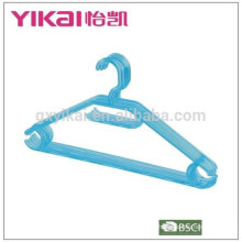 2015 durable economic plastic trousers and belt clothes hanger