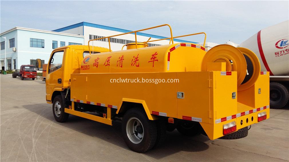 high pressure water truck 4