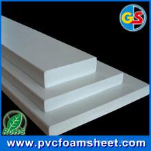 Rotes weißes schwarzes und graues buntes PVC-Blatt für Drucken im Freien