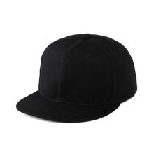 Chapéus preto e branco lisos do Snapback da malha