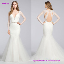 Chantilly Lace Modified A-Linie Brautkleid mit Curved V-Ausschnitt