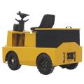 Четырехколесный электрический тягач для завода
