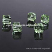 Cuentas cuadradas de cristal