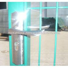 PVC revestido soldado malha de arame cerca de ferro portão