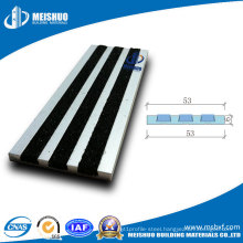 External Aluminum Non Slip Tread for Stairs with Carborundum Inserts