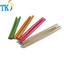 Pegamento de fusión en caliente colorido con polvo de brillo utilizado para Artes y oficios