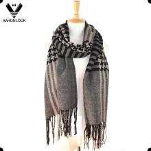 Moda a cuadros patrón bufanda tejida con franjas