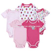 Mameluco del bebé del algodón orgánico impreso rojo rosado de moda / precio al por mayor mameluco del bebé de encargo / mono del bebé del precio barato
