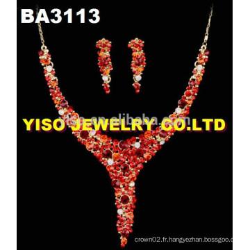 Colliers de cristal charmants